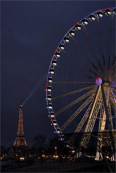Erinnerungen an Paris by Night im Februar 2016. Eiffel Tower with Big Wheel - null