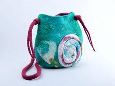 Umhängetaschen - Türkis gefilzte Tasche, muster filz Umhängetasche - ein Designerstück von BlanCraft bei DaWanda