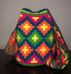 They are gorgeous unique piece of art you can take everywhere adding boho style to your look. Tapestry Bag, Tapestry Crochet, Knit Crochet, Macrame Bag, Large Bags, Bright Colors, Crochet Projects, Boho Fashion, Art Pieces