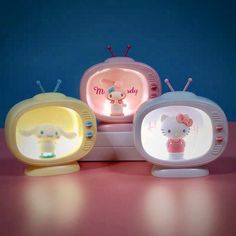 Hello Kitty Rooms, Hello Kitty House, Hello Kitty My Melody, Sanrio Hello Kitty, Hello Kitty Bedroom Set, Hello Kitty Stuff, Hello Kitty Lamp, Hello Kitty Gifts, Cute Bedroom Decor