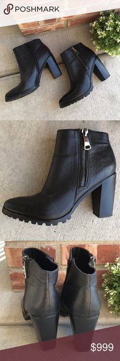 Steve Madden Leather Ankle Boots 🖤🖤Gorgeous Steve Madden Black Leather Ankle Boots with cowboy boot toe style. Double sided zipper detail. EUC! Size 9.5. Steve Madden Shoes Ankle Boots & Booties