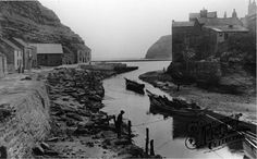 Staithes, the Harbour 1927