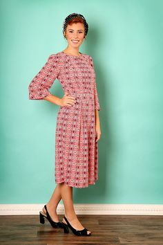 Modest dress with print  Pink midi dress  Holiday by TAMARLANDAU