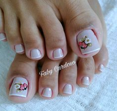 Ideias e Inspiração de Unhas dos pés decoradas, as melhores fotos Pedicure Nail Art, Toe Nail Art, Mani Pedi, Toe Nails, Tutus For Girls, Flower Tutorial, Nails Inspiration, Nail Colors, Nail Art Designs
