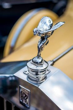 "Rolls Royce ""The Sprit of Ecstasy"" Retro Cars, Vintage Cars, Antique Cars, Vintage Logos, Voiture Rolls Royce, Rolls Roys, Classic Rolls Royce, Rolls Royce Motor Cars, Car Hood Ornaments"
