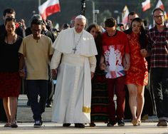 Pope Francis urges young people to reject video games and engage in activism instead Pope Francis challenged hundreds of thousands of young people who gathered [...]
