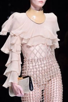 Spring 2016 Runway Pictures Balmain at Paris Fashion Week Spring 2016 - Details Runway PhotosSpringer Springer or springers may refer to: Haute Couture Style, Couture Mode, Couture Fashion, Runway Fashion, Womens Fashion, Fashion Trends, Fashion Week Paris, High Fashion, Fashion Show
