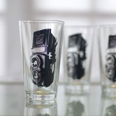 10 Things I Wish I Knew While Running My First Creative Biz {TLR camera, screen printed glasses, set of 2 pint glasses by: Vital}