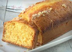 PLUMCAKE AL LATTE DI MANDORLA Mud Cake, Biscuit Recipe, Cake Pans, Cake Cookies, Cupcakes, Biscotti, Banana Bread, Bakery, Cooking