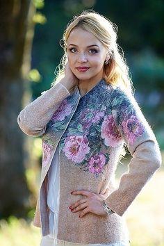 Жакет Пионы- войлок - жакет валяный,жакет из войлока,валяная одежда,цветочный