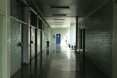 Nombre: ... Autor : Vázquez Medina Ariadna Jhoana Velocidad: 1/100 A. Diafragma: 13 ISO: 800