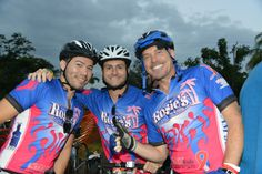 Team Rossie's Bar taking part and fundraising for The Smart Ride from Miami to Key West