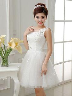 A-line/Princess Scoop Short Mini Bridesmaid Dress | LightInTheBox