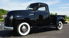 1948 Chevrolet 3 Window Stepside Pickup: Drivers Side Front View