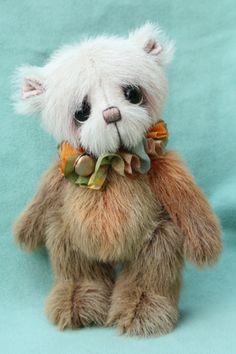 Small artist bear | Barkley Version 2 - Pipkins Bears