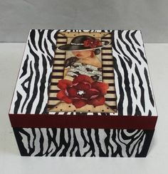 Caixa animal print woman