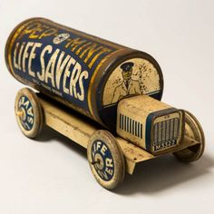"""Life Savers"" Candy Antique Tin - such a cool item! Metal Toys, Tin Toys, Wooden Toys, Vintage Tins, Vintage Antiques, Vintage Pantry, Tin Containers, Vintage Packaging, Toy Trucks"