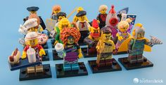 LEGO 71018 Collectible Minifigures Series 17 Feel Guide [Review]