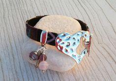 Bracelet éthnique 19cm avec perles de verre filé au chalumeau rose-améthyste : Bracelet par auverredoz