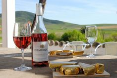 Diemersdal Restaurant uses Cold Gold ice cream on their menu, find them here: Diemersdal Wine Estate Pot Of Gold, Food Pictures, Wines, Countryside, Alcoholic Drinks, Ice Cream, Cold, Canning, Bottle
