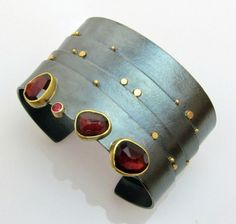 Garnet Strata cuff oxidised silver with gold and garnet details layered bands cuff bangle with natural garnets Contemporary Jewellery, Modern Jewelry, Metal Jewelry, Jewelry Art, Fine Jewelry, Jewelry Design, Unique Jewelry, Silver Jewelry, Silver Rings