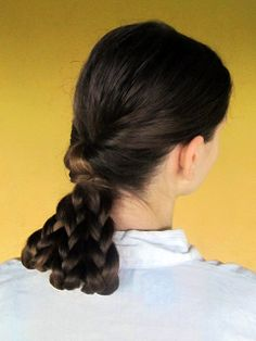 Gorgeous hairstyle... requires long hair.