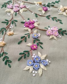 silk ribbon embroidery kits for beginners Brazilian Embroidery Stitches, Hand Embroidery Videos, Hand Embroidery Flowers, Simple Embroidery, Hand Embroidery Stitches, Silk Ribbon Embroidery, Crewel Embroidery, Embroidery Kits, Embroidery Supplies