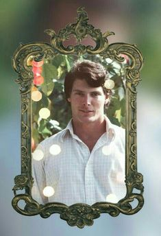Perfect wallpaper Superman And Lois Lane, Christopher Reeve, Clark Kent, Perfect Wallpaper, Guy Names, Cute Guys, Style, Amor, Actresses