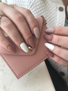 Make an original manicure for Valentine's Day - My Nails Aycrlic Nails, Matte Nails, Nail Manicure, Fun Nails, Glitter Nails, Nail Polish, Stylish Nails, Trendy Nails, Casual Nails
