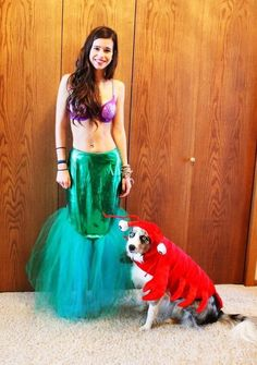 40+ Cute Dog Halloween Costumes: Ariel Halloween Costume | If you're looking for the best dog Halloween costumes, such as dog Halloween costumes DIY, DIY Halloween costumes for dogs and owners, big dog Halloween costumes with owner, this is for you! If you want easy Halloween costumes for dogs funny, check out these cute Halloween costumes for dogs and funny dog costumes halloween! #doghalloweencostumes #halloweencostumesfordogs #halloweencostumes #dogs #dogcostumes #dogcostumeshalloween Big Dog Halloween Costumes, Cute Dog Costumes, Puppy Costume, Halloween Costume Contest, Family Halloween Costumes, Costume Ideas, Halloween Ideas, Group Costumes, Evie Halloween