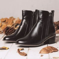Boots - Women Large Size Retro Chunky Heel Casual Ankle Boots (SHOE COLOR: BLACK   SIZE(US): 6) for sale in Outside South Africa (ID:454716725) Leather Ankle Boots, Pu Leather, Retro, Boots Online, Slip On Sneakers, Types Of Shoes, Chunky Heels, Shoe Boots, Boots Women