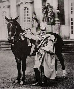 Kaiser Wilhelm II - Portrait with horse. World War I, World History, Art History, Wilhelm Ii, Kaiser Wilhelm, German Royal Family, Second Empire, History Photos, German Army
