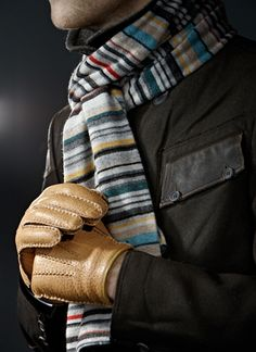 ♂ Men with style Winter Clothes casual & sexy Winter Outfits Men, Casual Outfits, Winter Clothes, Cold Weather Fashion, Winter Fashion, Bow Scarf, Casual Wear For Men, Man Up, Striped Scarves