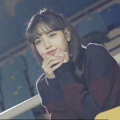 Kpop Girl Groups, Korean Girl Groups, Kpop Girls, Jennie Blackpink, Blackpink Lisa, Blackpink Video, Foto E Video, Blackpink Members, Lisa Blackpink Wallpaper