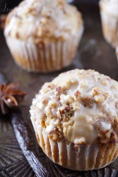 Vanilla Chai Crumble Muffins - The essence of a cozy breakfast. Made with vanilla chai, Vietnamese cinnamon, brown sugar, pecans, and a sweet glaze!