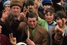 The Romanian Revolution, Bucharest, Photo by Peter Turnley Romanian People, Romanian Revolution, Fotojournalismus, Polish People, Human Photography, Great Photographers, Modern History, Human Condition, Photo Library