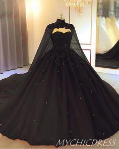 Pretty Prom Dresses, Black Wedding Dresses, Cute Dresses, Beautiful Dresses, Dresses With Capes, Black Quinceanera Dresses, Prom Dresses Black Long, Fantasy Wedding Dresses, 15 Dresses