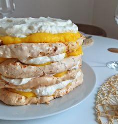 Aneta Goes Yummi: Kokosová bezé torta s ananásovým krémom a šľahačkou Pavlova, Pancakes, French Toast, Sandwiches, Cheesecake, Breakfast, Recipes, Meringue, Morning Coffee