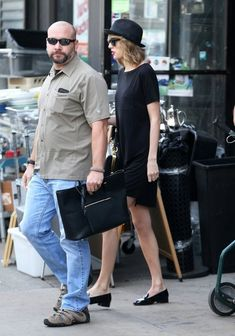 Taylor Swift Photos: Taylor Swift Out and About in NYC