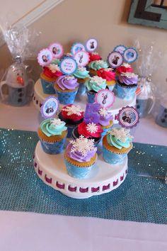 Ava's Frozen birthday cupcakes.
