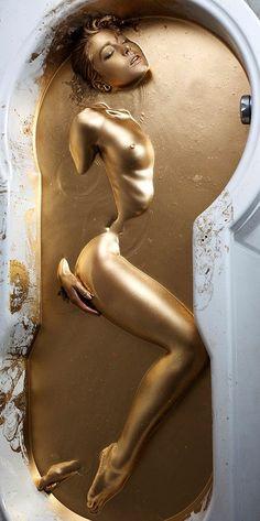 forget Cleopatra's milk bath, how about a Gold bath?! ; ) (via domenico La Pietra on Google+)