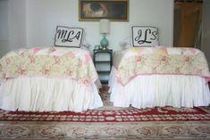 How to make a twin bedskirt AKA dust ruffle. • mimzy & company