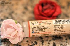 Due balsami labbra con buon INCI: Beeswax lip balm Burt's Bees & Ginger peach lip balm Crazy Rumors | Il Blog di I.