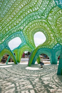 New York-based designer Marc Fornes has completed an outdoor installation for a French school.