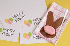 Simple Easter Cookie Card - Easter Bunny with A Sugar Cookie Nose Decorated with Royal Icing via thebearfootbaker.com