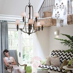 Okazały żyrandol Dunhill 9-punktowy   Lampy.pl Hinkley Lighting, Pleated Fabric, Fabric Shades, Transitional Style, Lampshades, Chandelier Lighting, Led Lamp, Bulb, Applique