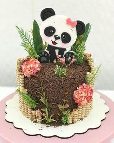 NECTAR Panda Bear Cake, Bolo Panda, Panda Cakes, Panda Birthday Cake, Cute Birthday Cakes, Beautiful Birthday Cakes, Baby Cakes, Girl Cakes, Cupcake Cakes