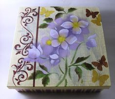 Diademas Tole Painting, Fabric Painting, Painting On Wood, Stencil Art, Stencils, Wood Crafts, Diy And Crafts, Ceramic Boxes, Butterfly Decorations