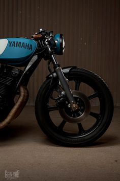 yamaha. great inspiration for my personal build. solid colors, but simple and modern.