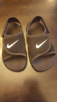 30376c1abab8b NEW Nike Sunray Adjust 4 (TD) black white boy s water sandals shoes size